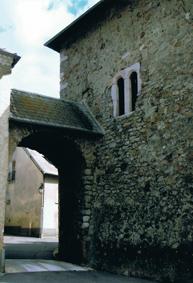 La Bâtie-Neuve : entrée du village